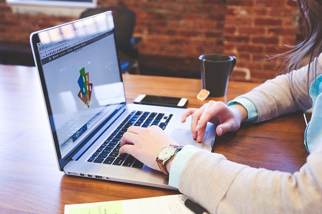How to hire a webdesigner